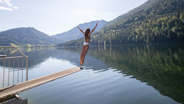 Ein Sprung in Österreichs Seen